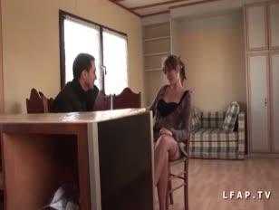 Jolie puny pute francaise sodomisee dans un plan a 3 avec ejac buccale de papy