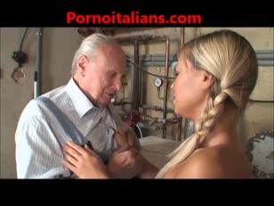 Figa bionda scopata da vecchio - vagina platina-blond doordrongen door oud